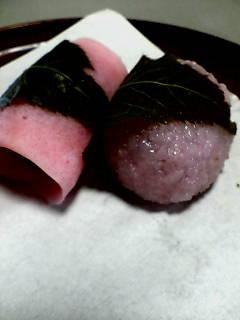 東西の桜餅
